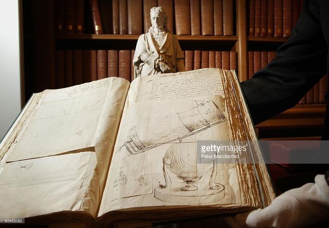 Một bản thảo của Newton. Ảnh: Getty Images