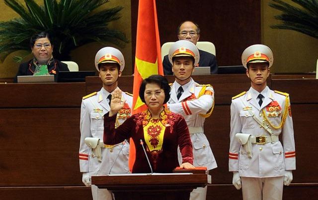 Bà Nguyễn Thị Kim Ngân tuyên thệ nhậm chức Chủ tịch Quốc hội. Ảnh: Quochoi.vn