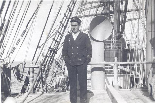 Thuyền trưởng của tàu Mexico, con tàu lên đường tìm kiếm tàu Kobenhavn.