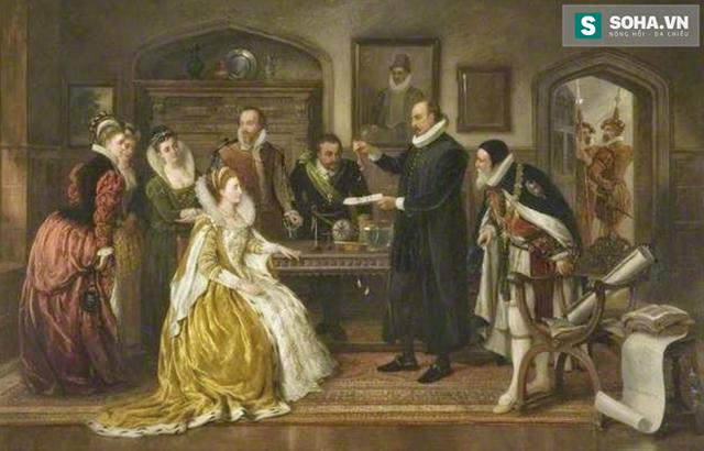 John Dee là cận thần của nữ hoàng.