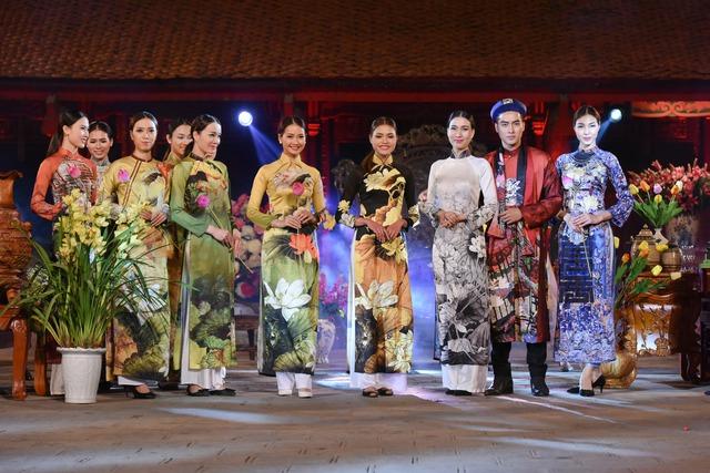 Hồn Việt trong những mẫu thiết kế của Việt Bảo.
