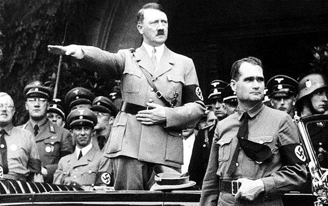 Ảnh chụp trùm phát xít Đức Hitler