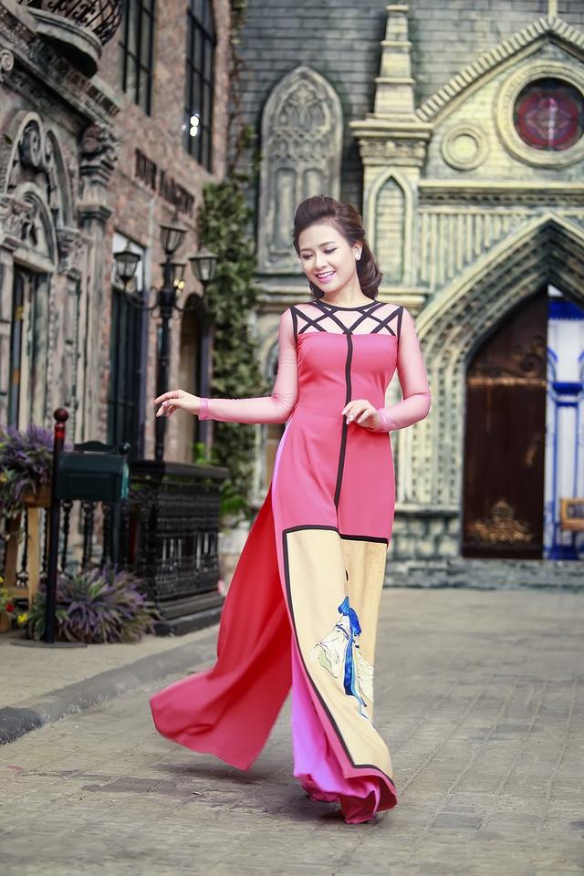 Những ngày đầu năm ngoài việc chạy show, Dương Hoàng Yến cũng đang cùng ê kíp của mình thực hiện một số dự án âm nhạc riêng.