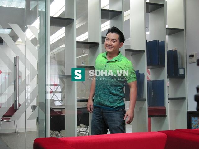 Nghệ sĩ Anh Vũ tại văn phòng phía Nam báo Trí Thức Trẻ - ảnh: Châu Nguyễn