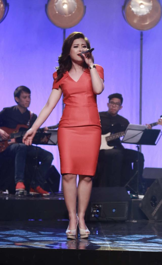 Dương Hoàng Yến hát ca khúc Trở lại bên nhau.