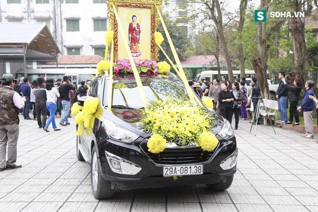 Sau lễ truy điệu Trần Lập được đưa về Phú Thọ để an tang.