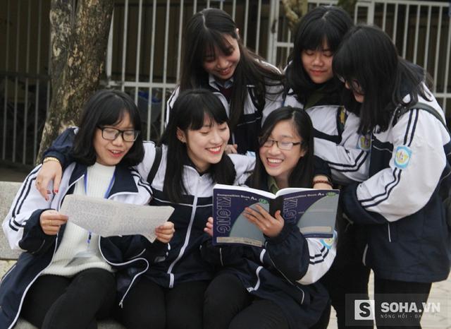 Không chỉ là người năng động, hài hước, Khánh Vy còn là học sinh giỏi toàn diện 11 năm liền và đạt nhiều giải cao ở môn tiếng Anh.
