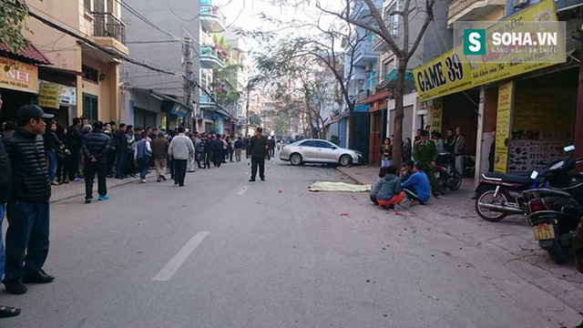 Người dân sinh sống quanh khu vực vô cùng bàng hoàng, sợ hãi sau khi xảy ra vụ tai nạn.