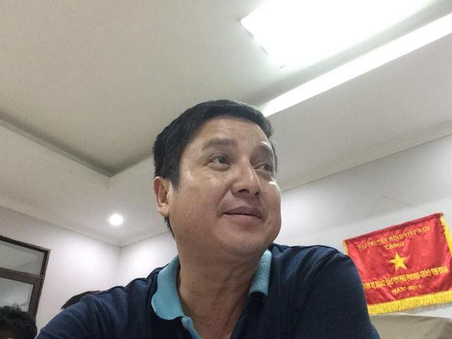 Chí Trung - người ảnh cả trong đội ngũ các danh hài. Anh sinh năm 1961, lớn hơn Ngọc hoàng Quốc Khánh 1 tuổi.