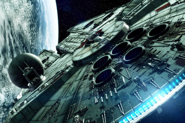 Tàu vũ trụ Millennium Falcon trong bộ phim bom tấn Star Wars 1