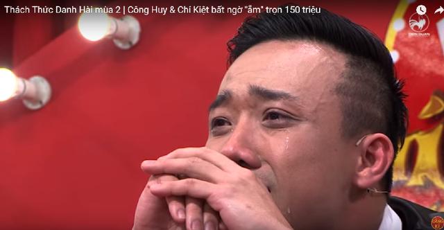 Trấn Thành bật khóc trước sự thông minh của Việt Hương, Công Huy.