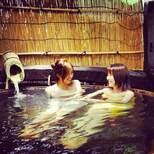 Người Nhật tới sento chủ yếu để gặp gỡ bạn bè, xây dựng mối thân tình và nghỉ ngơi thư giãn chứ không đơn thuần chỉ để tắm.