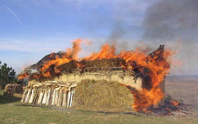 Tập tục đốt nhà kỳ lạ của người Cucuteni-Trypillian