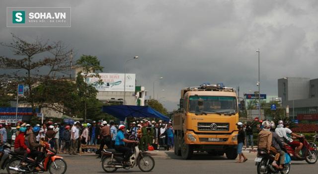 Hiện trường một vụ tai nạn do xe ben tải gây ra khiến 1 người chết