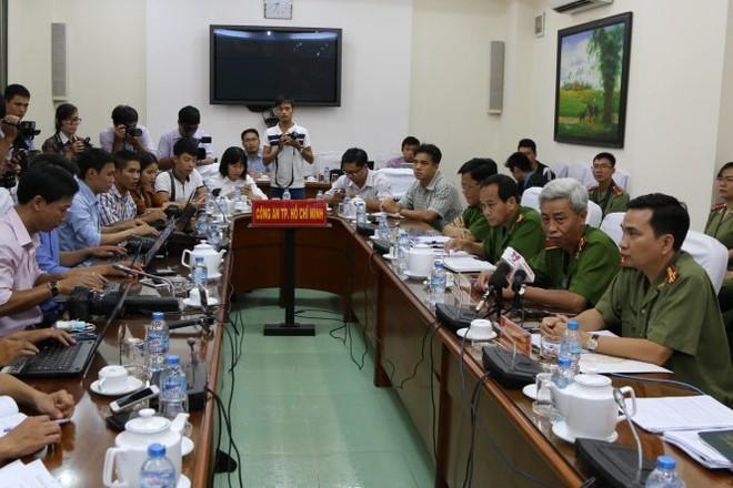 Buổi họp báo sáng 21-4 - Ảnh: Gia Minh