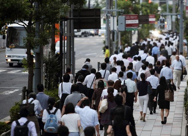 Càng ngày càng có nhiều người nhận ra đi bộ rất tốt cho sức khỏe (Ảnh minh họa)