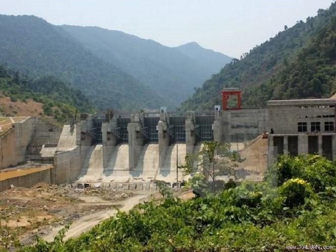 Công trình thủy lợi đã khô kiệt nước ngay từ đầu mùa khô. Ảnh: Thông tấn xã Việt Nam