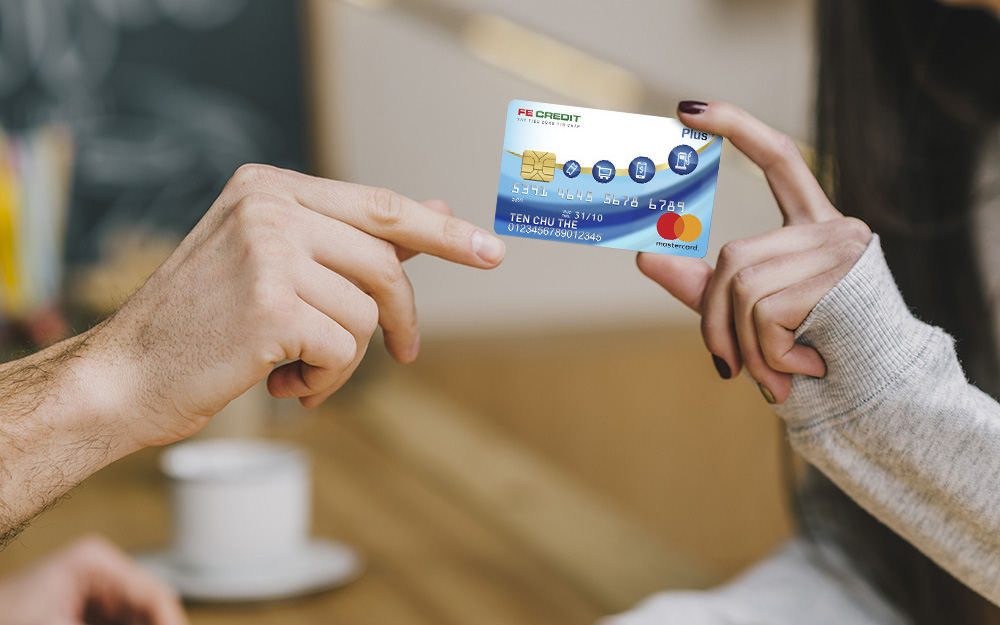 Chi tiêu không dùng tiền mặt tiện lợi & an toàn