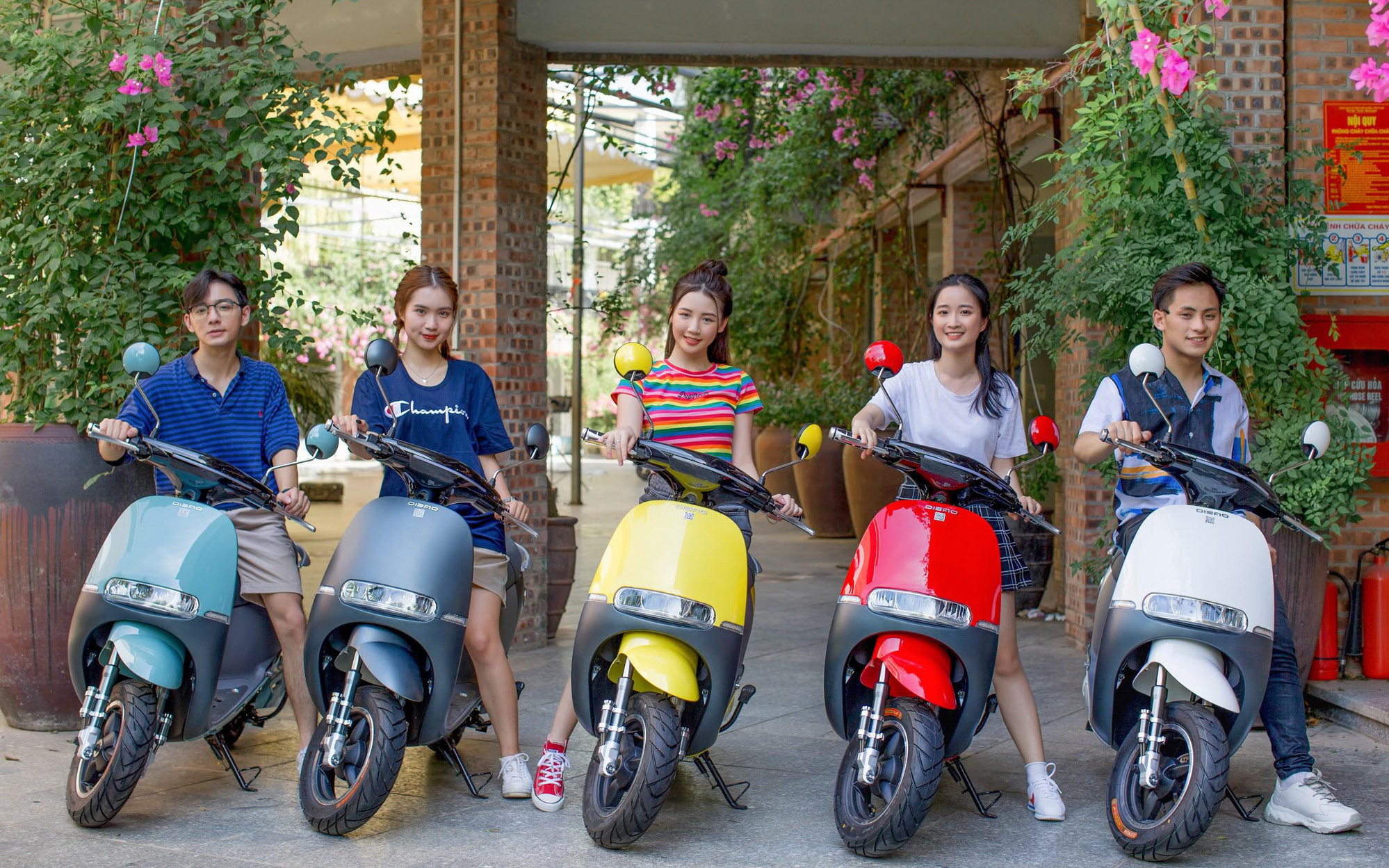 Dibao Gogo SS - xe máy điện nhỏ gọn và an toàn cho học sinh