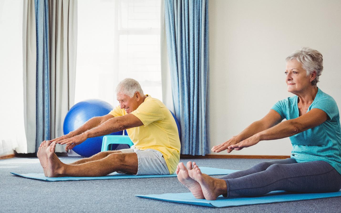 Trải qua đợt bệnh, người cao tuổi cần dinh dưỡng thế nào để nhanh hồi phục?