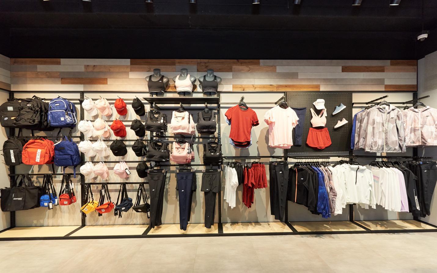 Skechers khai trương cửa hàng quy mô lớn tại Hà Nội