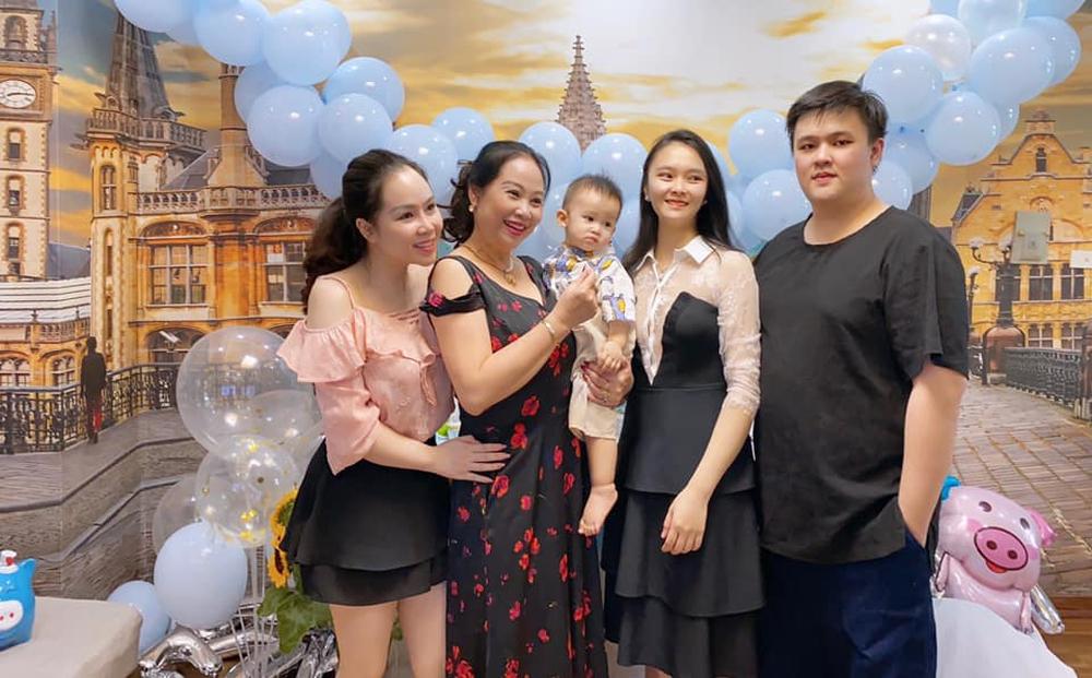 Diễn viên lùn nhất Việt Nam: Tạm dừng đóng phim, khiến cả mẹ và em ruột nổi tiếng mạng xã hội - Ảnh 4.