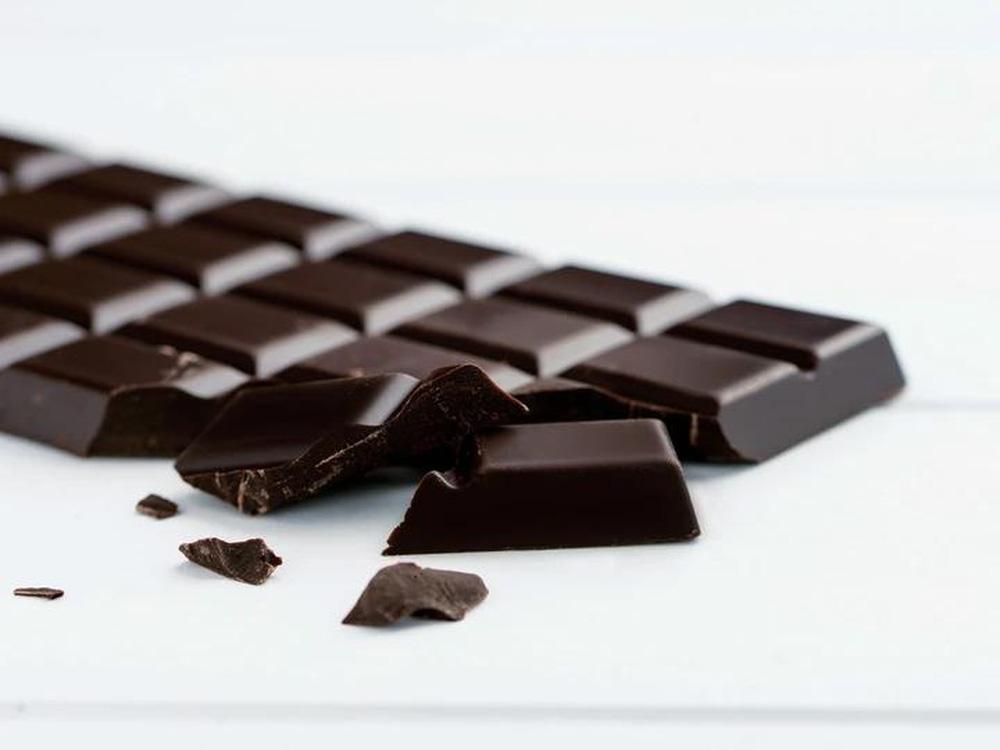 Sô cô la đen - thuốc bổ nhiều công dụng: Chuyên gia Mỹ tư vấn cách ăn tốt cho sức khoẻ nhất - Ảnh 3.