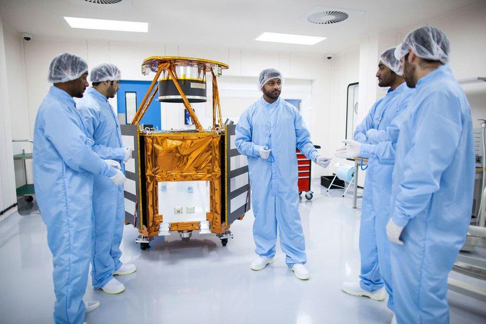 Tam cường trên sao Hỏa: UAE có vàng đen, Trung Quốc có thiết bị độc nhất vô nhị, Mỹ có gì từ 2,4 tỷ USD? - Ảnh 3.