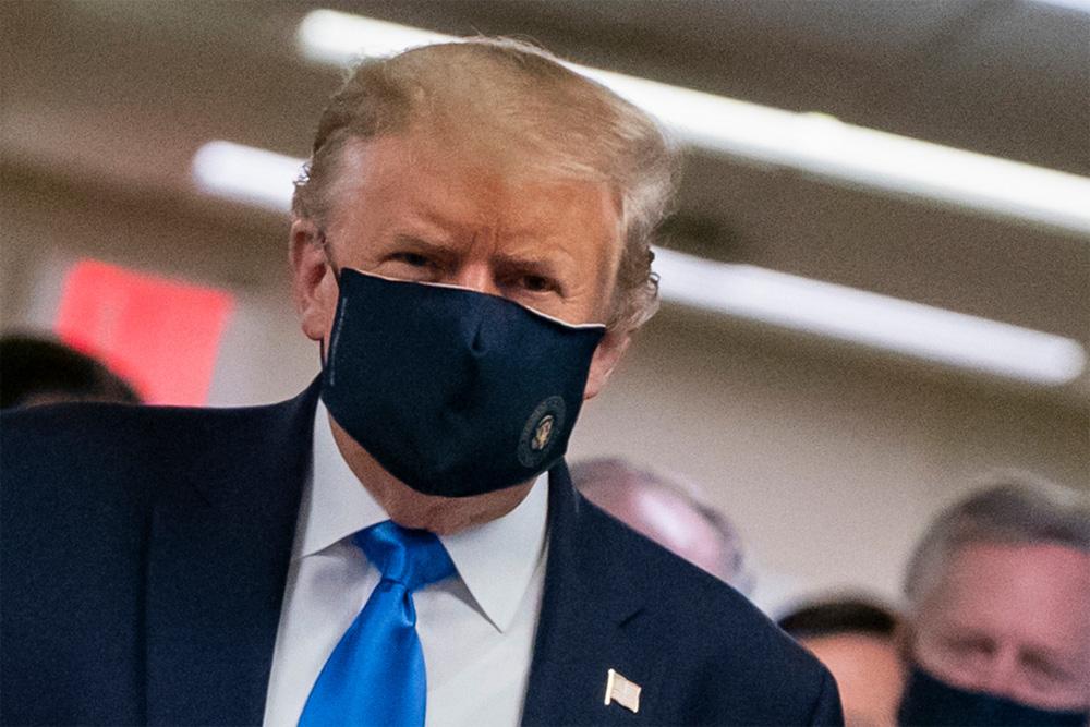 Tổng thống Trump là bệnh nhân duy nhất hành tinh được điều trị COVID-19 bằng liệu trình đặc biệt - Ảnh 3.