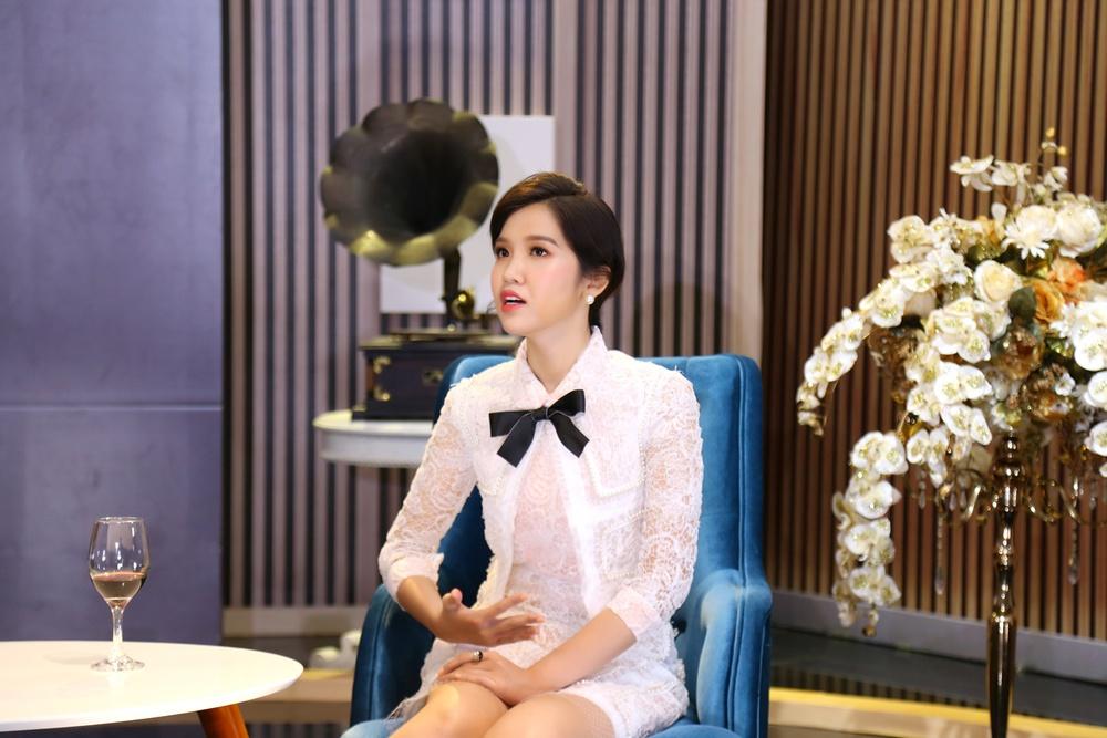 Đạo diễn Lê Hoàng: Tôi gặp Cindy Thái Tài lúc chưa chuyển giới, nhìn như đàn ông - Ảnh 1.