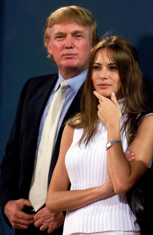 Chụp ảnh khỏa thân, nói 6 ngôn ngữ và những điều ít biết về Đệ nhất phu nhân Melania Trump - Ảnh 4.