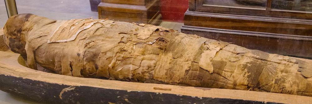Đá dệt thành vải: Từ vải liệm xác ướp Ai Cập đến vũ khí lợi hại của quân đội Mỹ và thứ chất độc chết người - Ảnh 1.