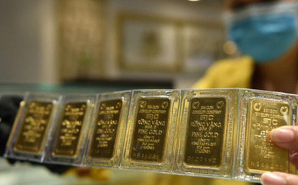 Giá vàng trong nước chiều 1/12 bất ngờ đảo chiều tăng