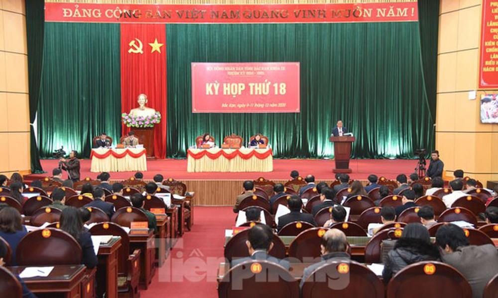 Ông Nguyễn Long Hải được bầu làm Chủ tịch UBND tỉnh Bắc Kạn - Ảnh 3.