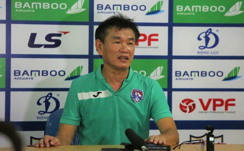 Lo tái mặt trước viễn cảnh giải thể, CLB V.League bất ngờ nhận tin vui - Ảnh 1.