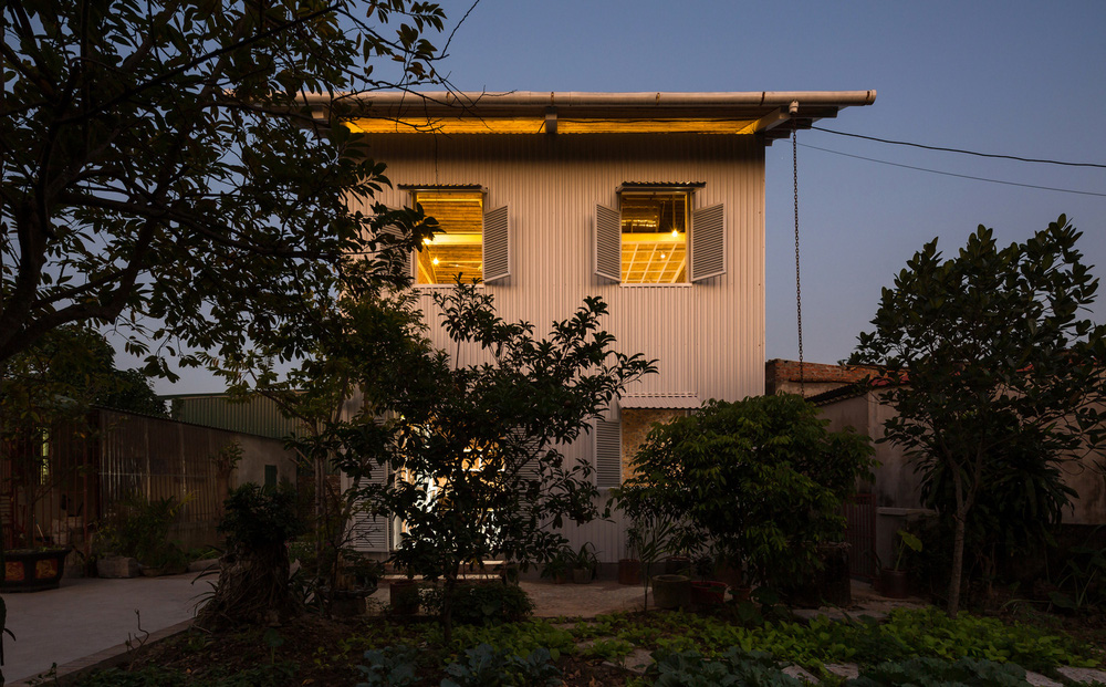 Ngôi nhà chống lũ bằng khung thép chịu lực của Việt Nam lên báo Mỹ
