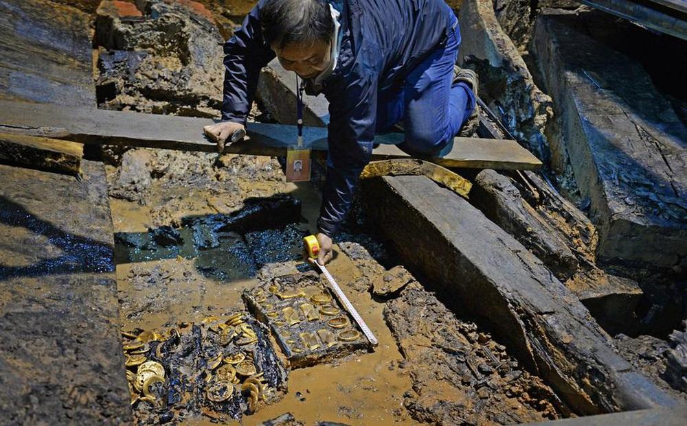 Vơ vét sạch lăng mộ hoàng đế, mộ tặc bỏ qua giếng vàng đặt ở nơi không ai ngờ