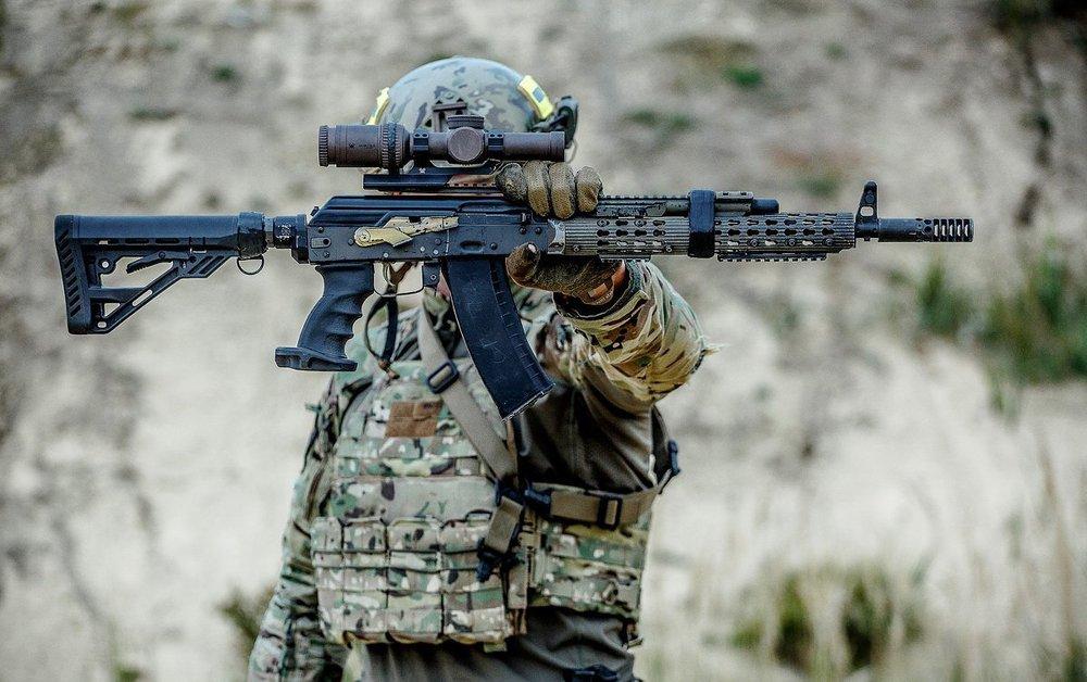 Nhận lệnh của TT Putin, đặc nhiệm FSB cơ động bất ngờ ở Armenia: Đừng dại chọc gấu Nga! - Ảnh 9.