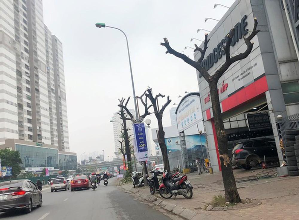 Phân luồng phương tiện qua công trường hầm chui Lê Văn Lương ra sao? - Ảnh 11.