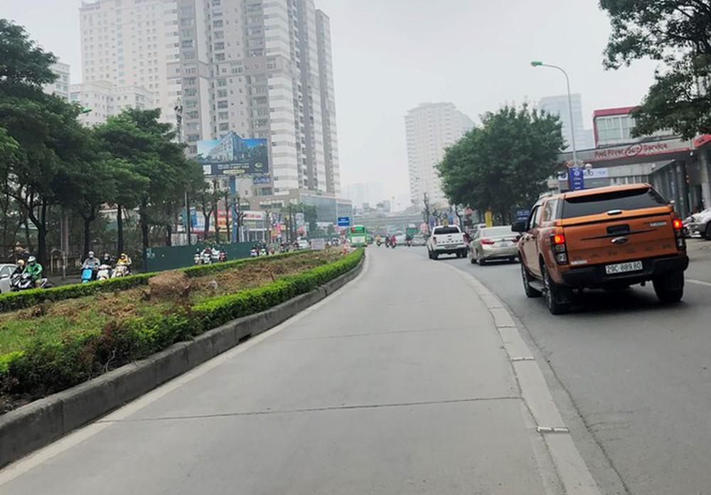 Phân luồng phương tiện qua công trường hầm chui Lê Văn Lương ra sao? - Ảnh 8.
