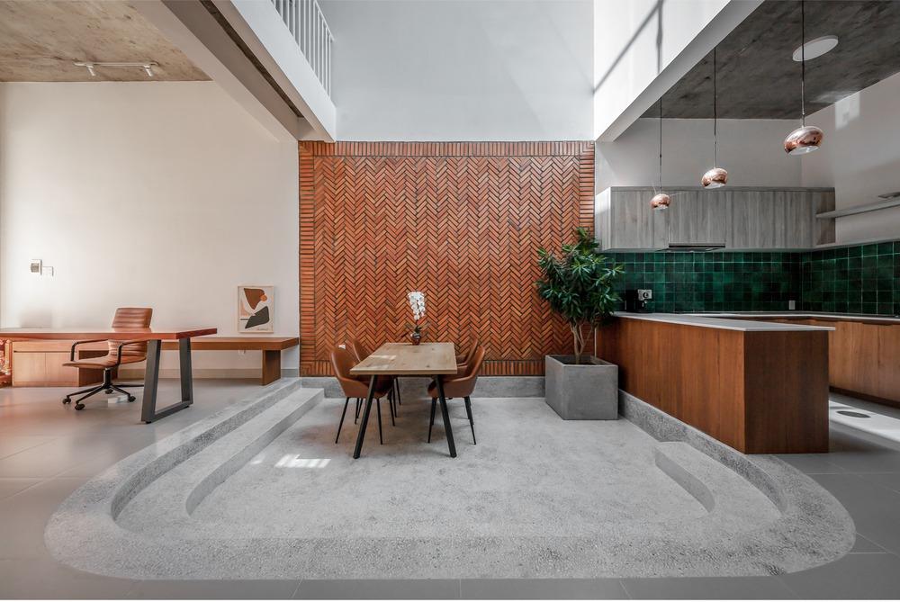 Công trình bằng gạch nung được cải tạo từ nhà kho đẹp lung linh trên báo Mỹ - Ảnh 2.