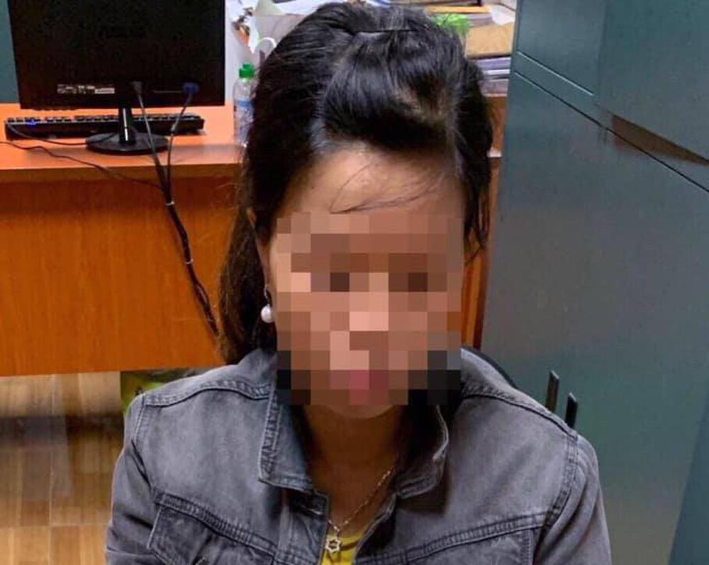 Vụ bé sơ sinh bị bỏ dưới hố ga: Bà chủ nhà trọ thông tin bất ngờ về người phụ nữ bỏ con - Ảnh 1.