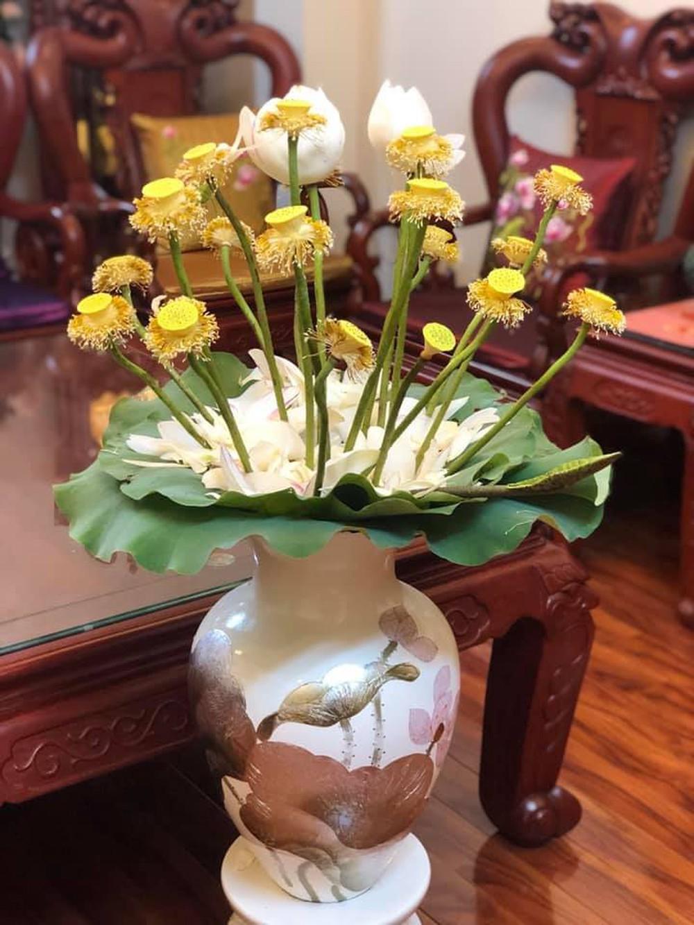 Sáng sớm cắm bình hoa đẹp nức nở, cuối ngày người mẹ giận tím mặt vì cảnh tượng con trai gây ra - Ảnh 5.