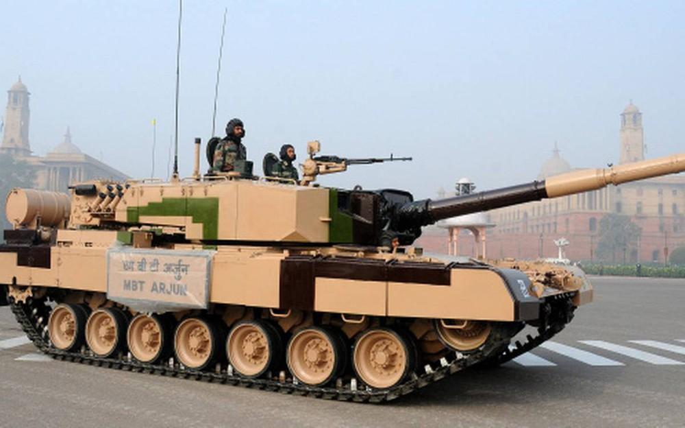 Chuyên gia Nga: Đạn pháo tăng Trung Quốc có thể xuyên giáp trước T-72 Ấn, giải pháp là gì? - Ảnh 6.