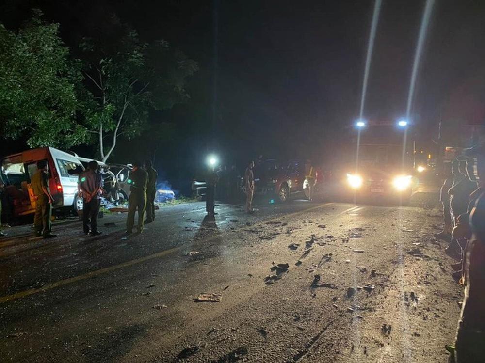 Tai nạn nghiêm trọng làm 8 người tử vong, nhiều người bị thương ở Bình Thuận: Tốc độ 2 xe là bao nhiêu? - Ảnh 5.