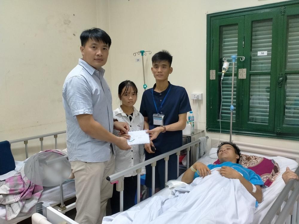 Lý Văn Hành đã đi lại được nhưng người vợ động kinh lại tai nạn, phải nằm một chỗ - Ảnh 1.