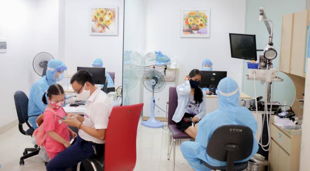 Một bệnh viện ở Đà Nẵng thuê khách sạn cho nhân viên y tế lưu trú chống dịch Covid-19 - Ảnh 1.