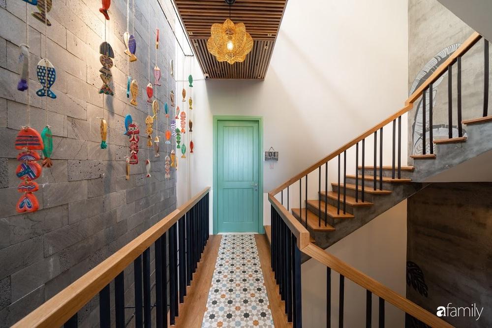 Với chi phí 3 tỉ đồng, gia đình trẻ hoàn thiện căn nhà với nội thất theo tiêu chuẩn khách sạn 4 sao ở Hội An - Ảnh 15.