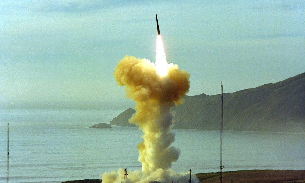 Mỹ có thể làm tê liệt 1.000 cơ sở quan trọng của Nga hoặc TQ ngay từ đợt tấn công đầu tiên - Ảnh 2.