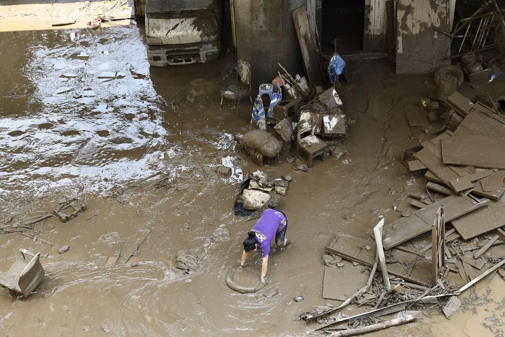 Trữ lượng hồ chứa đập Tam Hiệp gấp 2.000 lần trữ lượng nước Tây Hồ, người Trùng Khánh vất vả thu dọn tàn tích - Ảnh 7.